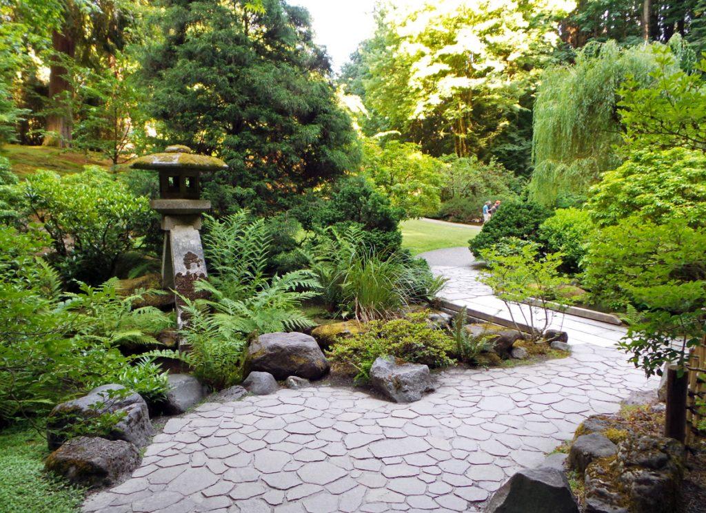 Iconic Gardens of Portland, Oregon: The Rose Garden ...